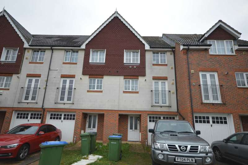 4 Bedrooms Town House for sale in Waterside Close, Thamesmead