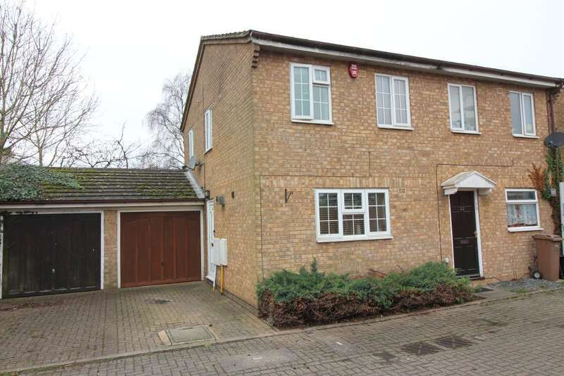 2 Bedrooms Semi Detached House for sale in Laxton Close, Luton, Bedfordshire, LU2 8SJ