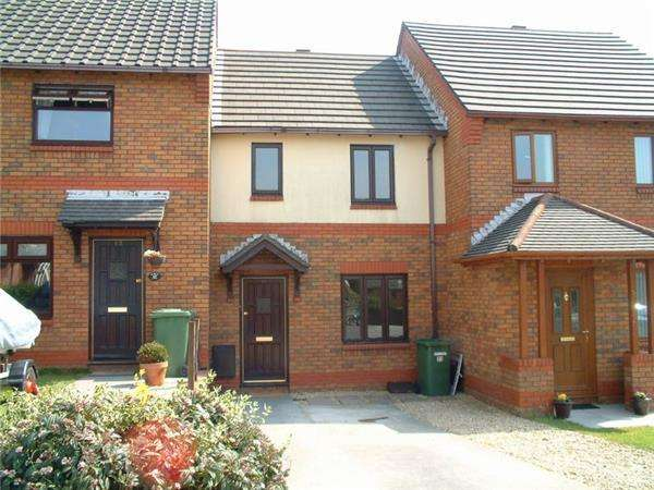 2 Bedrooms Terraced House for sale in Cwrt Y Waun, Manor Chase, Beddau, CF38 2JJ