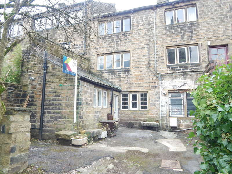 2 Bedrooms Cottage House for rent in Church Road, Uppermill