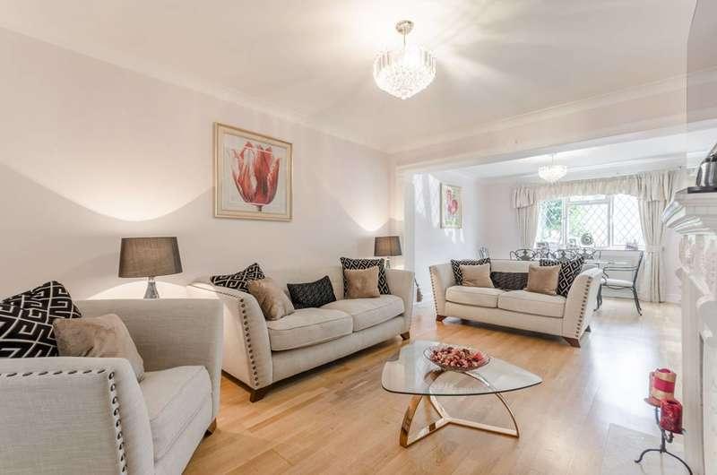 4 Bedrooms Semi Detached House for rent in Marjorams Avenue, Loughton, IG10