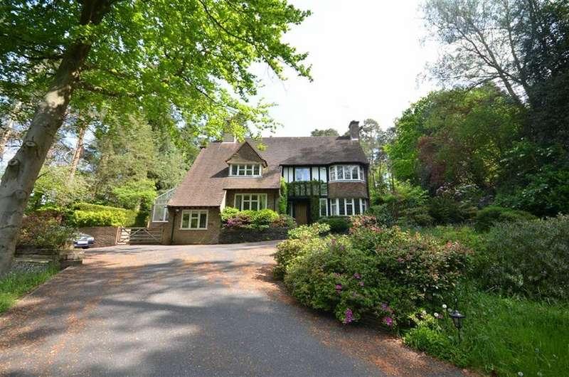 4 Bedrooms Detached House for sale in Crooksbury Road, Farnham