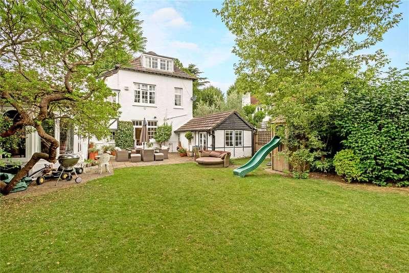 5 Bedrooms Detached House for sale in Broadlands Avenue, Shepperton, TW17