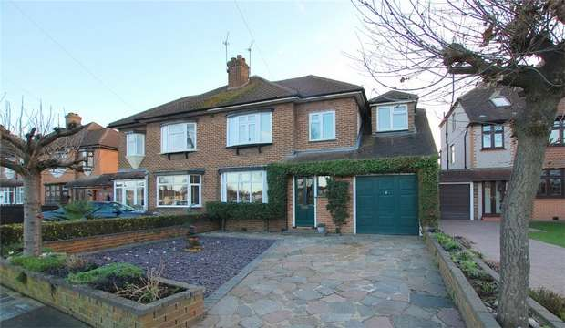 4 Bedrooms Semi Detached House for sale in The Green, Hayes, BROMLEY, Kent