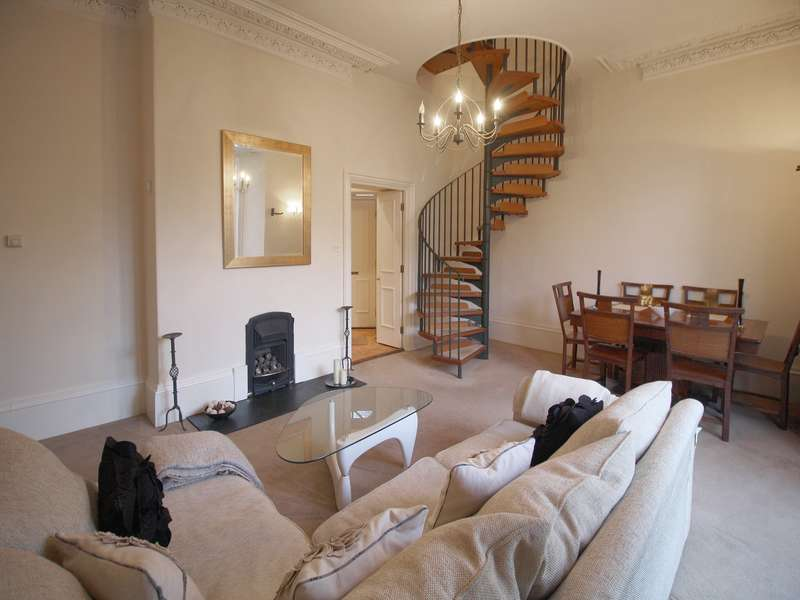 2 Bedrooms Ground Flat for rent in Granville Road, Newcastle Upon Tyne