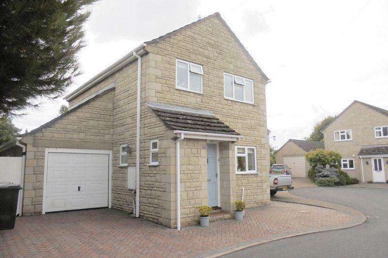 3 Bedrooms Detached House for sale in The Dell, Bredon