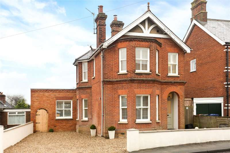 4 Bedrooms Detached House for sale in Upper Hale Road, Farnham, Surrey, GU9