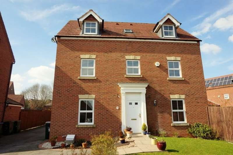 4 Bedrooms Detached House for sale in Sixpence Close, Coventry, CV4