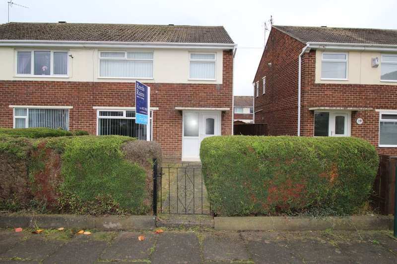 3 Bedrooms Semi Detached House for sale in Kelly Road, Hebburn, NE31