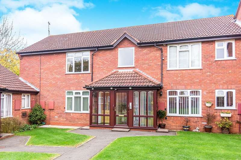 2 Bedrooms Flat for sale in Mickleton Road, Solihull, B92