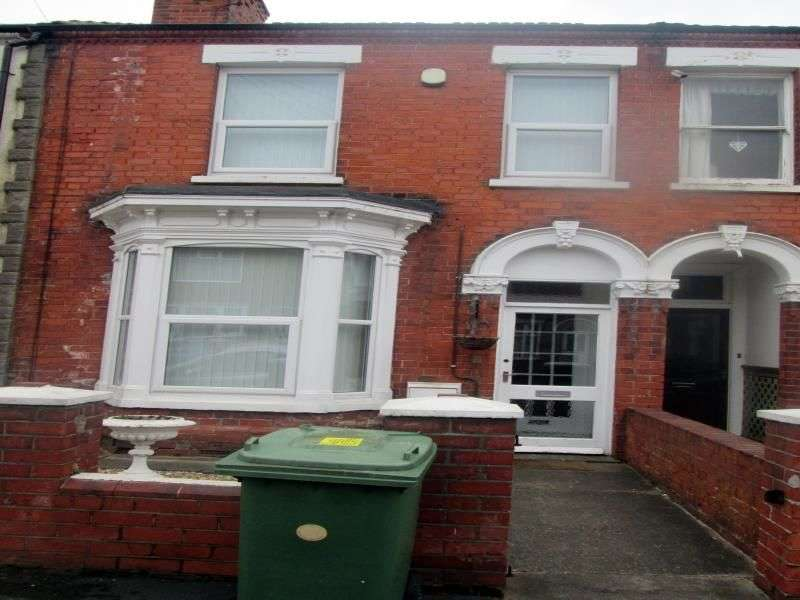 3 Bedrooms Property for rent in Algernon Street, Grimsby, DN32