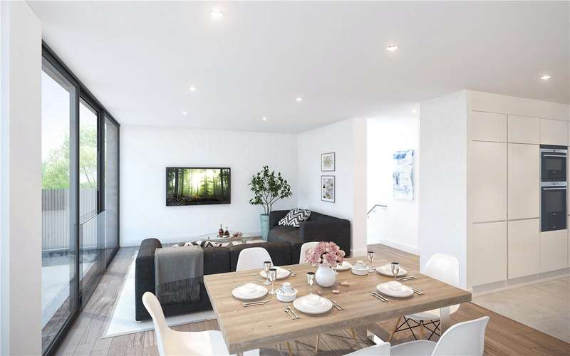 3 Bedrooms Flat for sale in Duplex 1 Eastern Road, London, N2
