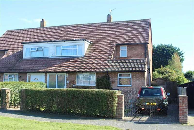 3 Bedrooms Semi Detached House for sale in Bodiam Close, Seaford