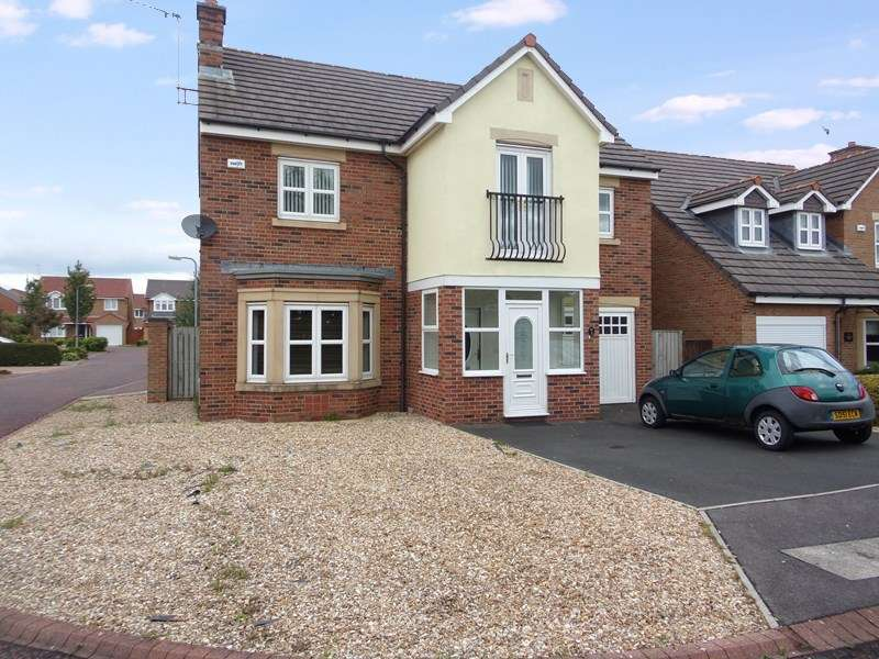 4 Bedrooms Property for sale in Mulberry Close, South Beach, Blyth, Northumberland, NE24 3XR