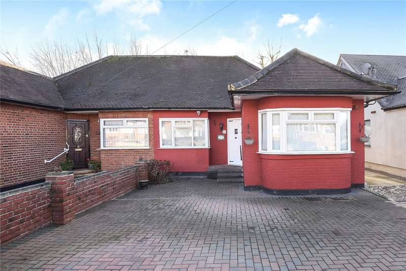 2 Bedrooms Semi Detached Bungalow for sale in Kenneth Gardens, Stanmore, Middlesex, HA7