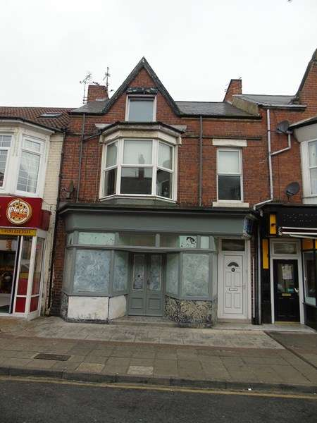 3 Bedrooms Maisonette Flat for sale in Victoria Terrace, Whitley Bay, Tyne and Wear, NE26 2QN