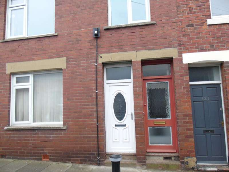 3 Bedrooms Property for sale in Norham Road, North Shields, North Shields, Tyne and Wear, NE29 7AR