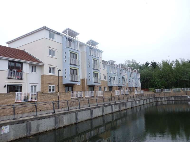 2 Bedrooms Apartment Flat for sale in Broad Landing, RIVERSIDE, South Shields, Tyne & Wear, NE33 1JL