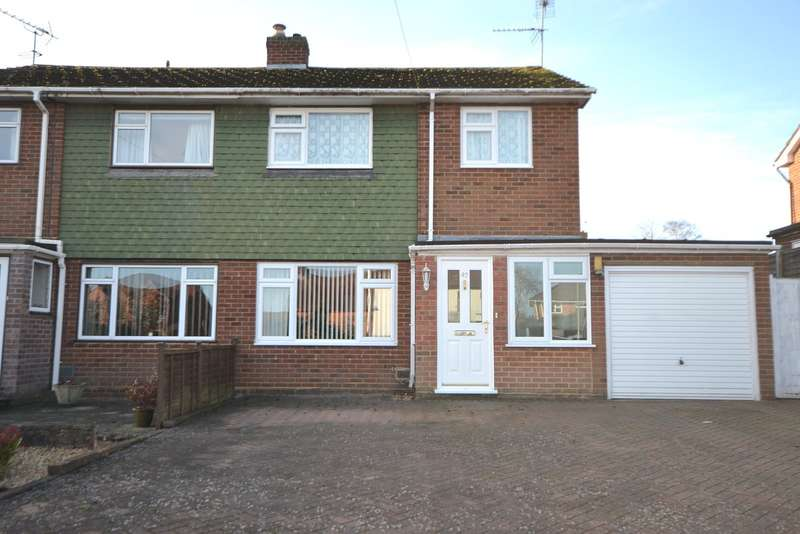 3 Bedrooms Semi Detached House for sale in Farnham