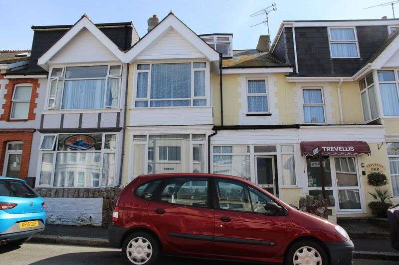 4 Bedrooms Property for sale in Trebarwith Crescent, Newquay
