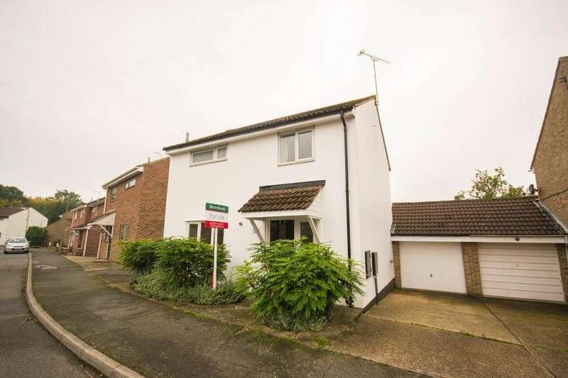 3 Bedrooms Detached House for sale in Brocksparkwood, Brentwood, Essex, CM13