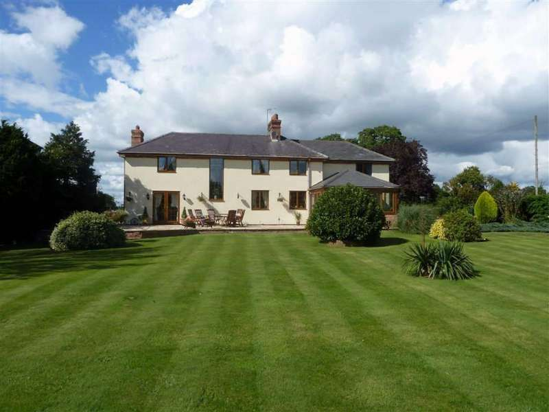 4 Bedrooms Detached House for sale in Nr Wem, SY4