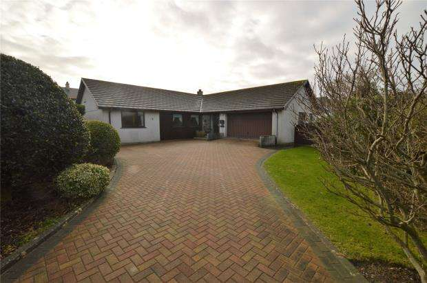 4 Bedrooms Detached Bungalow for sale in Greenbank, Connor Downs, Hayle, Cornwall