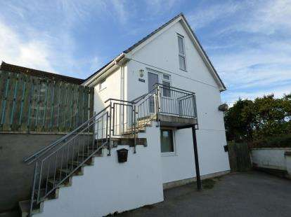2 Bedrooms Flat for sale in Newquay, Cornwall