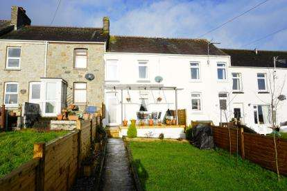 3 Bedrooms Terraced House for sale in St Austell, Cornwall, Uk