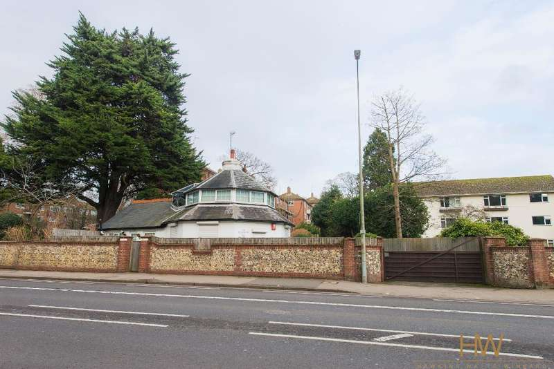 4 Bedrooms Commercial Property for sale in London Road, Brighton, East Sussex, BN1 6UA