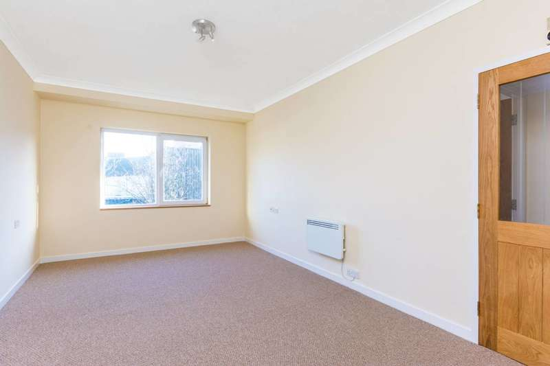 1 Bedroom Flat for sale in Fishers Lane, Chiswick, W4