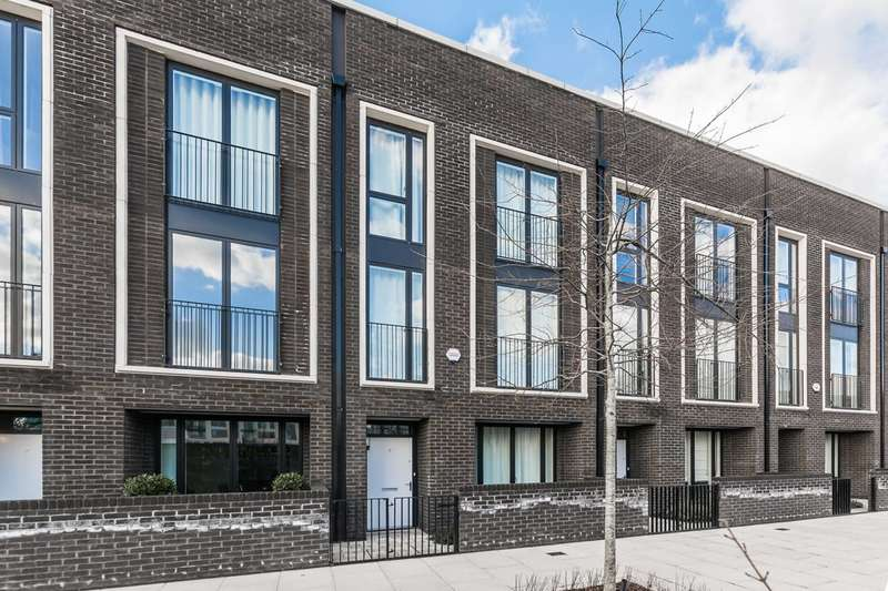 4 Bedrooms House for rent in Villiers Gardens, Stratford, E20