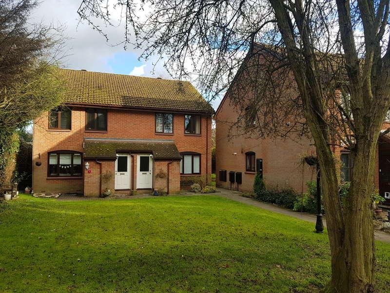 1 Bedroom Maisonette Flat for rent in Water Lane, Kings Langley