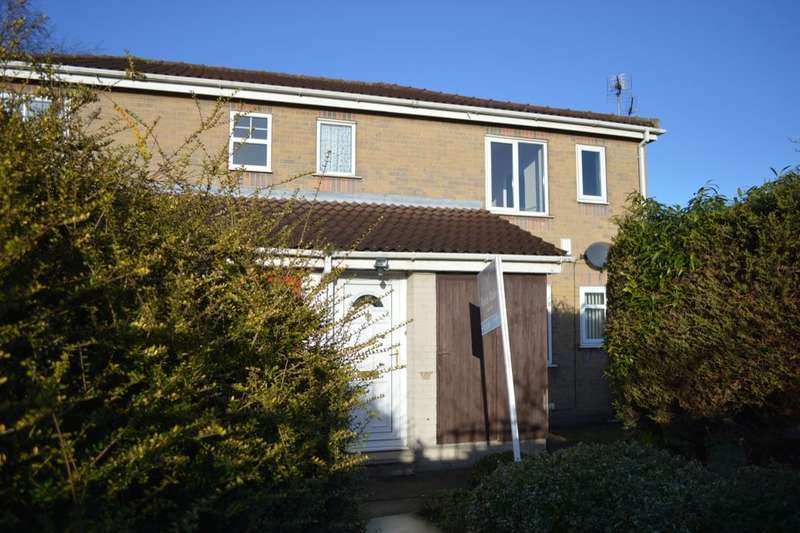 Flat for sale in Broadley Close, Hull, HU9