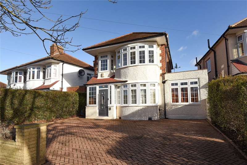 5 Bedrooms Detached House for sale in West End Road, Ruislip, Middlesex, HA4