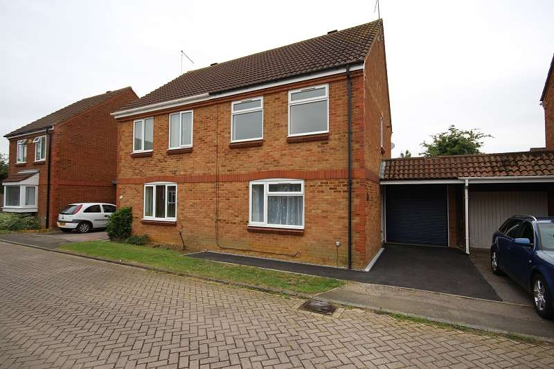3 Bedrooms Semi Detached House for rent in Bradfield Close, Rushden, Northamptonshire. NN10 0EP