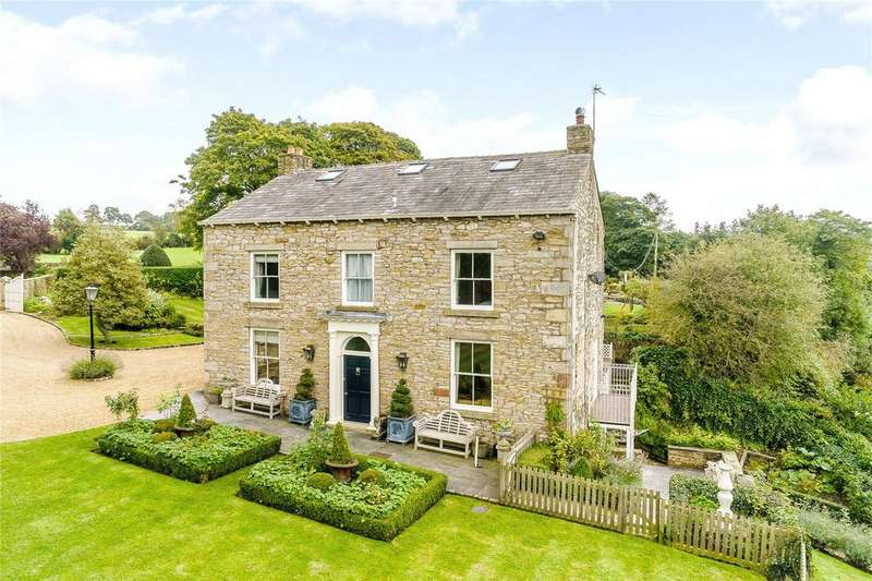 6 Bedrooms Detached House for sale in Samlesbury, Preston, PR5