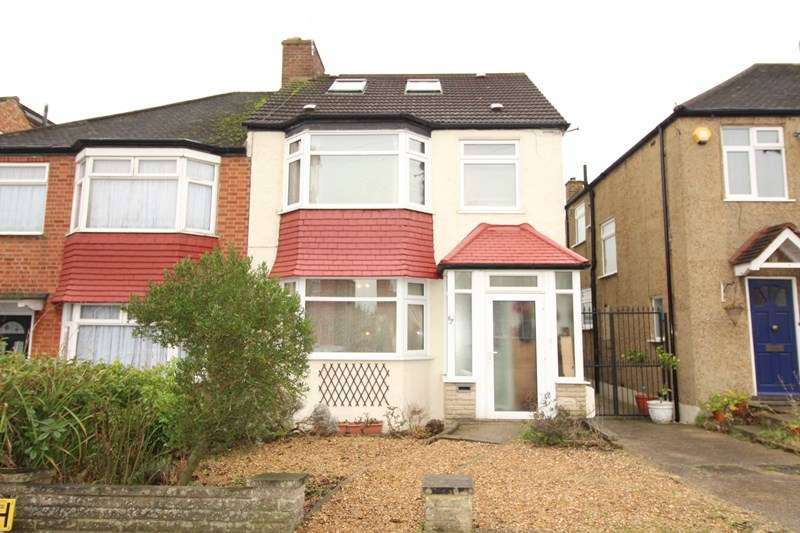 5 Bedrooms Semi Detached House for sale in Sherrards Way, Barnet