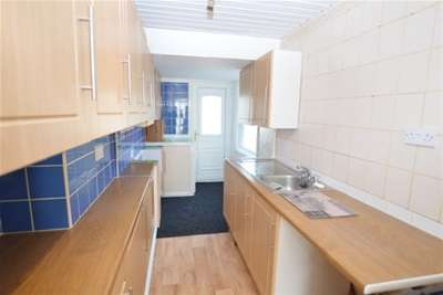 3 Bedrooms Town House for rent in Mawfa Drive, Gleadless Valley, Sheffield, S14
