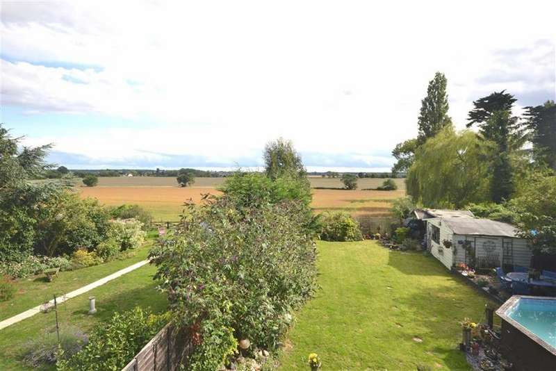 4 Bedrooms Detached House for sale in Pump Lane, Epping Green, Essex, CM16