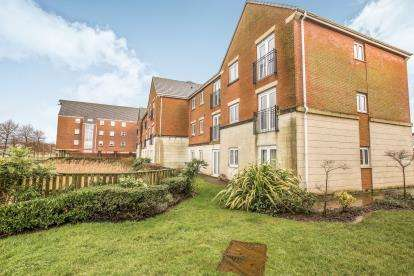 2 Bedrooms Flat for sale in Main Street, Buckshaw Village, Chorley, Lanacashire, PR7