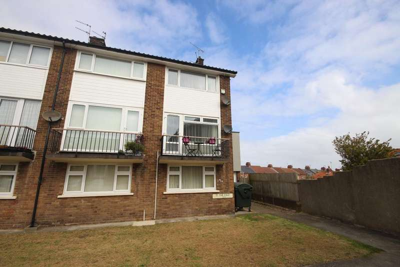 2 Bedrooms Maisonette Flat for sale in The Fold, Monkseaton, Whitley Bay, NE25