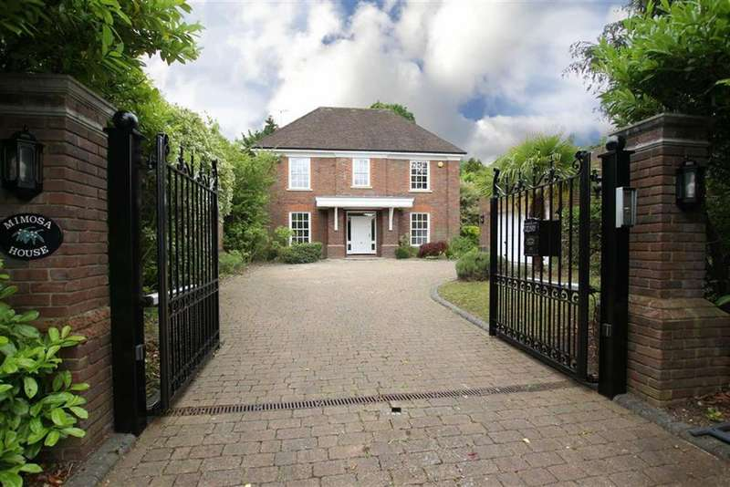 6 Bedrooms Detached House for sale in Southway, Totteridge, London