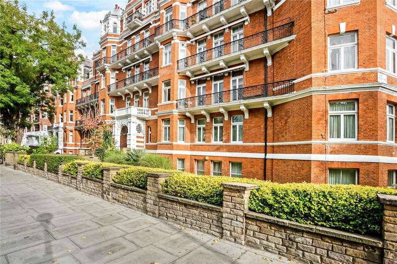 4 Bedrooms Flat for sale in Neville Court, Abbey Road, St. John's Wood, London, NW8