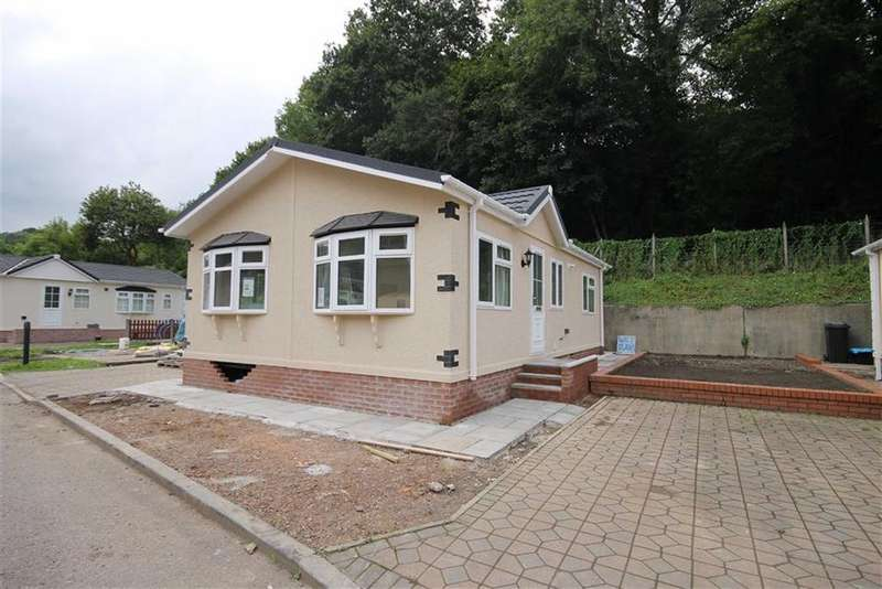 2 Bedrooms Park Home Mobile Home for sale in Woodlands Park, Quakers Yard