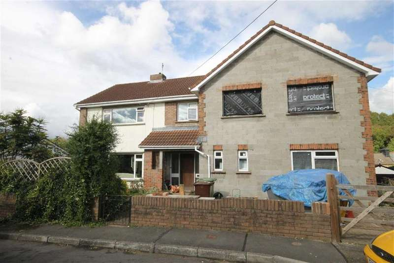 3 Bedrooms Detached House for sale in Mount Pleasant, Maesycwmmer