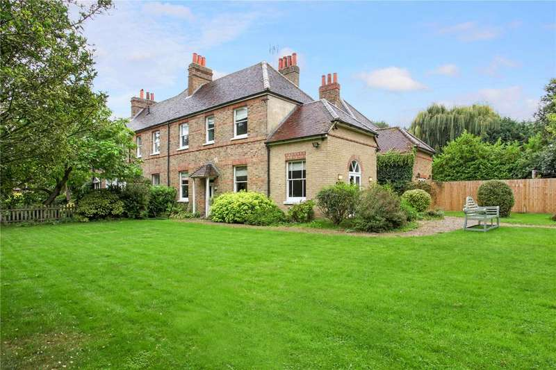 4 Bedrooms Semi Detached House for sale in Gays Lane, Holyport, Berkshire, SL6