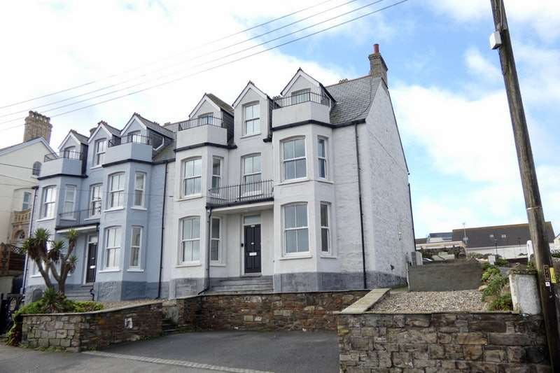 4 Bedrooms Semi Detached House for sale in Tywarnhayle Rd, Perranporth, Cornwall, TR6