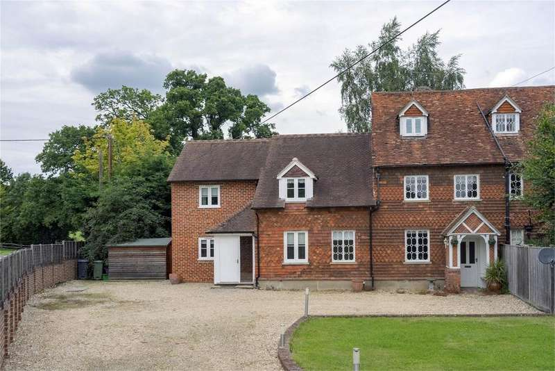 4 Bedrooms Semi Detached House for rent in Farnham, Hampshire