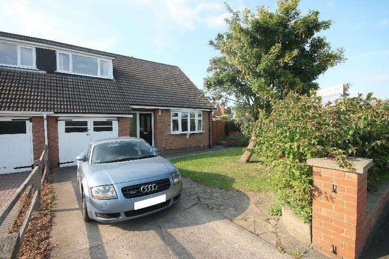 2 Bedrooms Semi Detached Bungalow for rent in Matlock Avenue, Marton-In-Cleveland